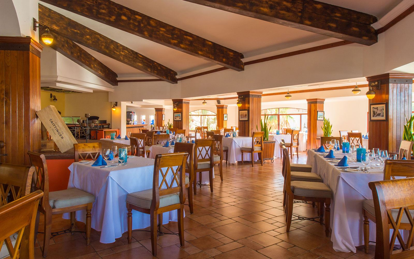 Restaurante The Ridge at Playa Grande - Puerto San Lucas